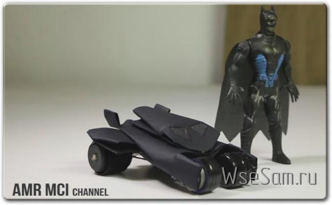 Электробайк и машина для Бетмана