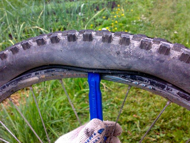Ремонт велосипеда в поле своими руками