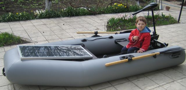 лодки и автомобили на солнечных батареях